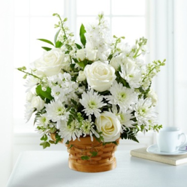 Sympathy: Heartfelt Condolences  Arrangement