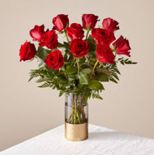 Valentine: FTD Lovebirds Red Rose Bouquet