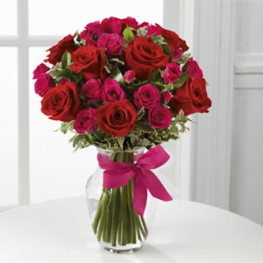 Rose: Love-Struck Rose Bouquet