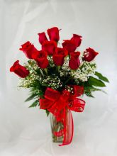 Rose: 12 Red Roses  with Babies Breath